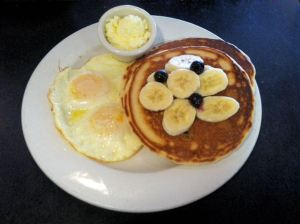 Blueberry_Pancakes_Eggs