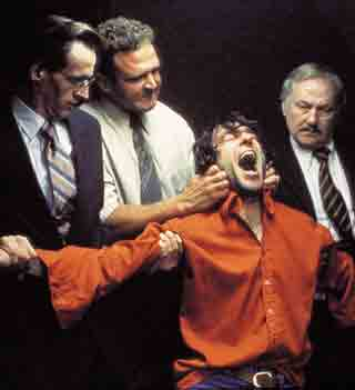 Policiias británicos torturan a Gerry Conlon