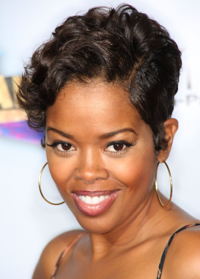 African American Messy Short Hairstyle