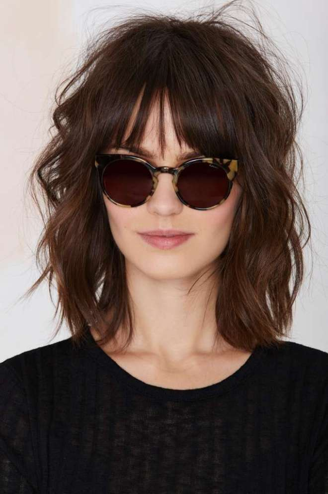 Short Messy Hairstyle with Bangs