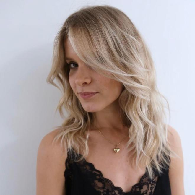 Medium Hairstyles with Layers