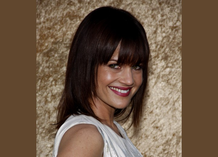 Carla Gugino Simple Long Smooth Hairstyle With Angled