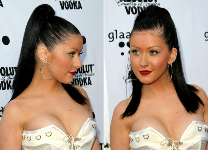 Christina Aguilera looks fab in this high pony and so will you - except youll look fab on the beach.
