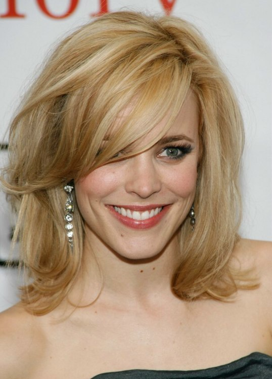 Rachel McAdams With Her Hair Styled Over One Of Her Eyes