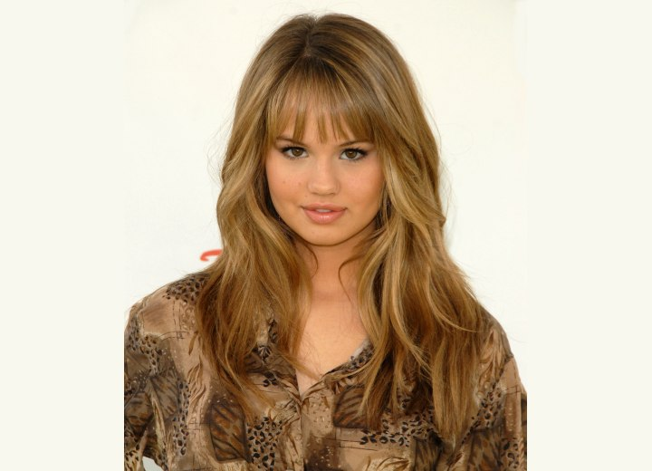 Debby Ryan Long Soft Brown Hair With Layers And Thin And