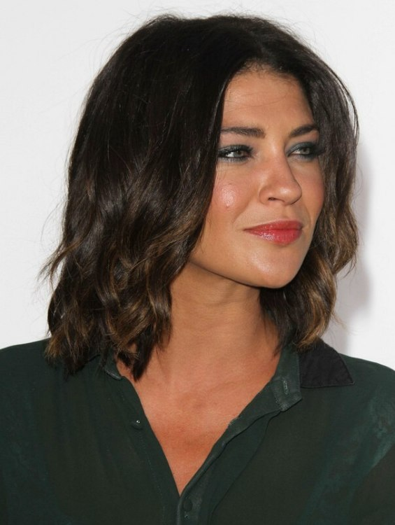 Jessica Szohr Lob Hairstyle Or Long Just Above The
