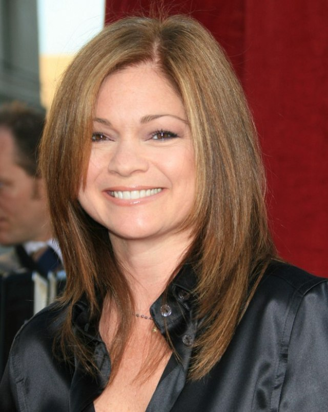 valerie bertinelli | mid-length haircut for an over 40 years