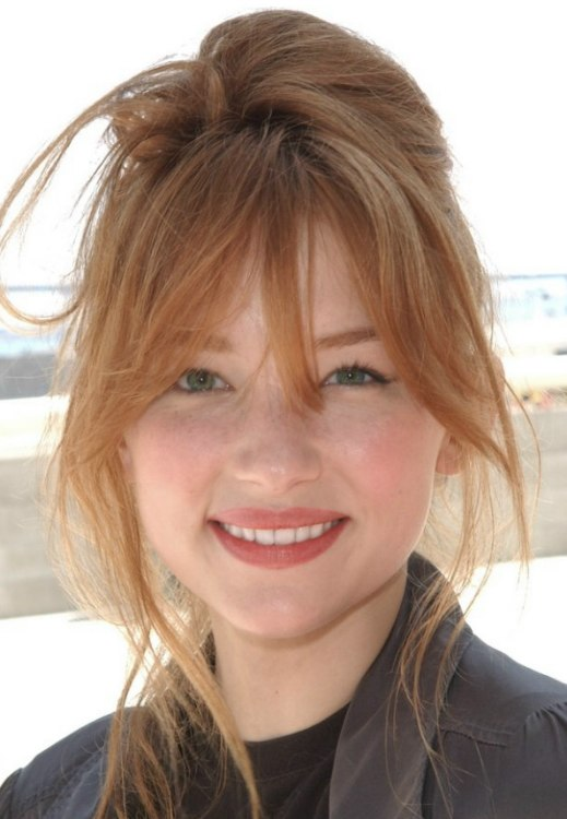 Haley Bennett Red Hair In An Updo With The Hair Twirled
