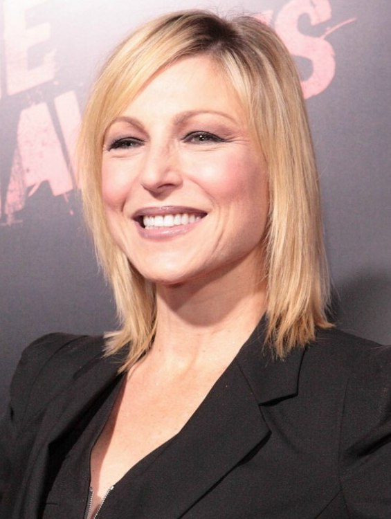 Tatum ONeal Hairstyle With A Versatile Length For