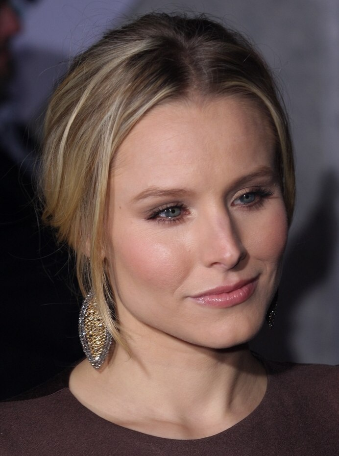 Kristen Bell Wearing Her Hair In An Updo With A Braid