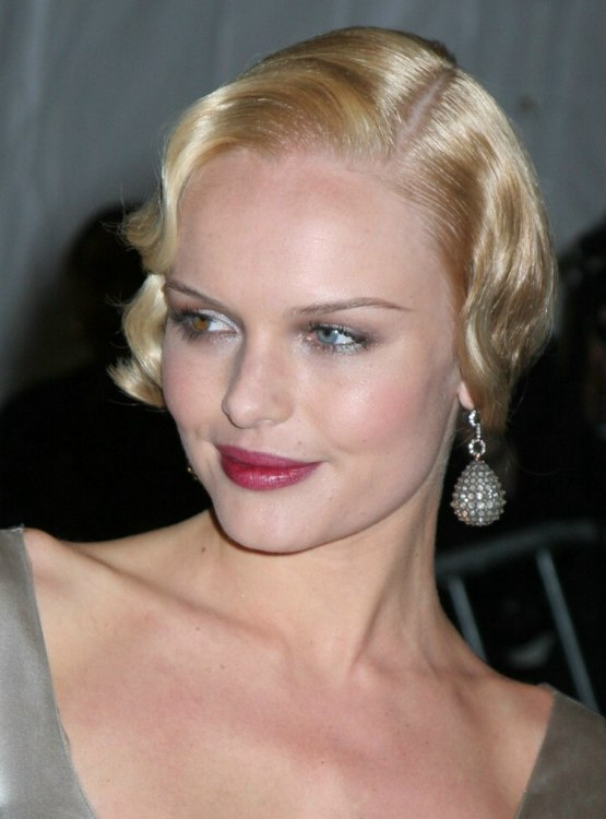 Kate Bosworth Misha Barton Thirtys Hairstyle With