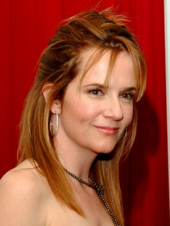 Lea Thompson Wearing Her Hair Partially Up In The Back And