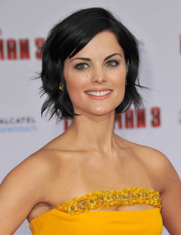 Jaimie Alexander Feminine Short Hairstyle And Glasses