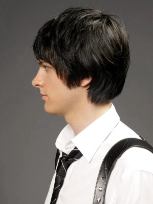 Mens Hairstyle With A Short Neck And Long Top Hair Side
