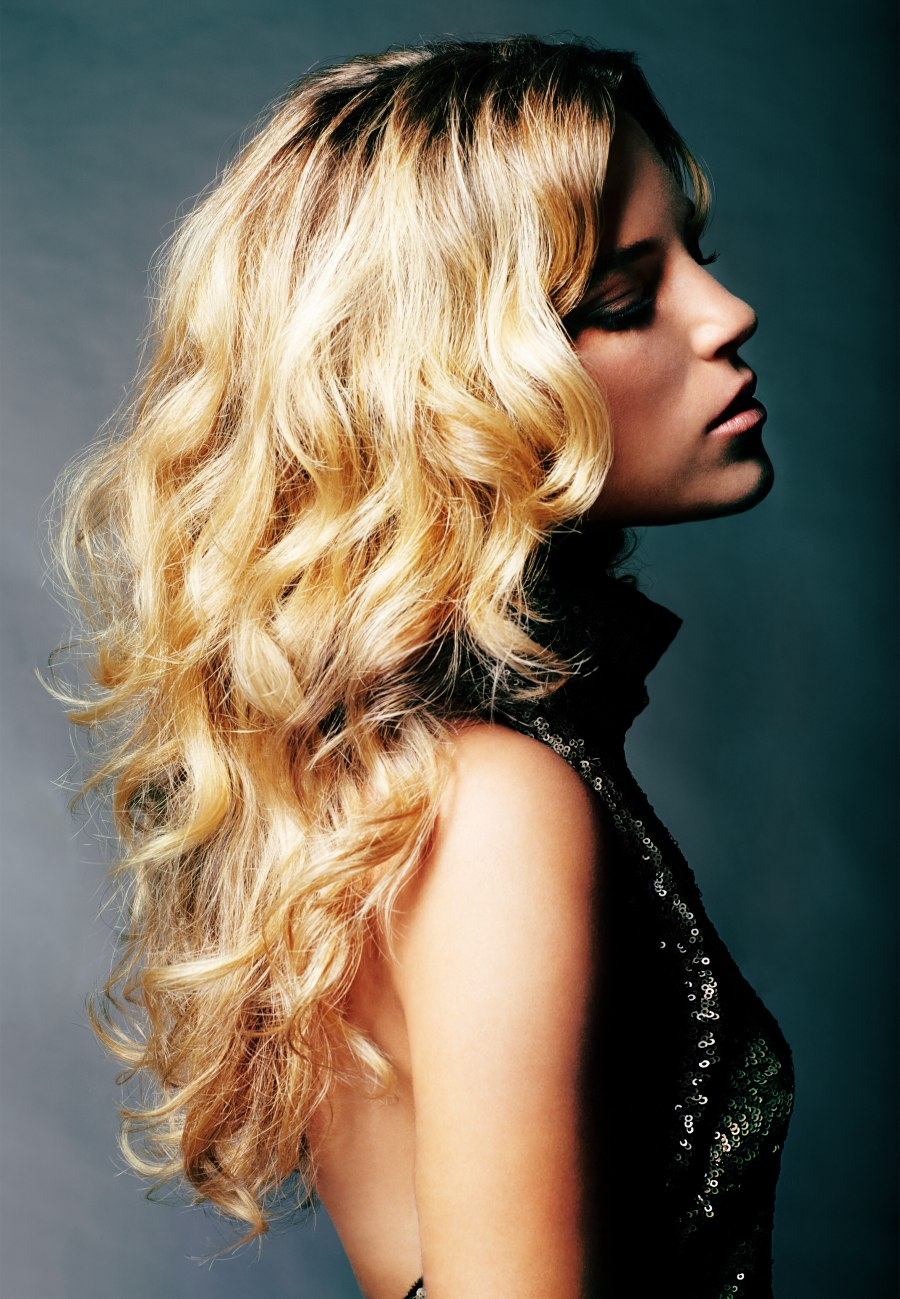 Long Golden Blonde Hair With Large Waves And Outward Flips