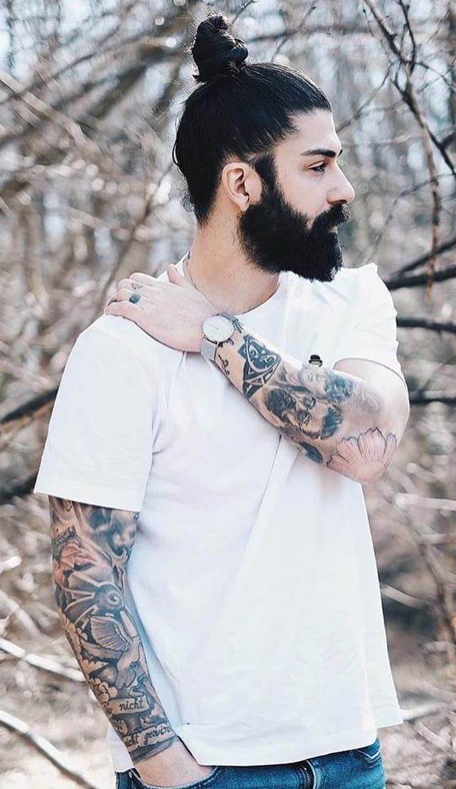 Hairbun Styling Ideas For Guys That Will Inspire Your Looks