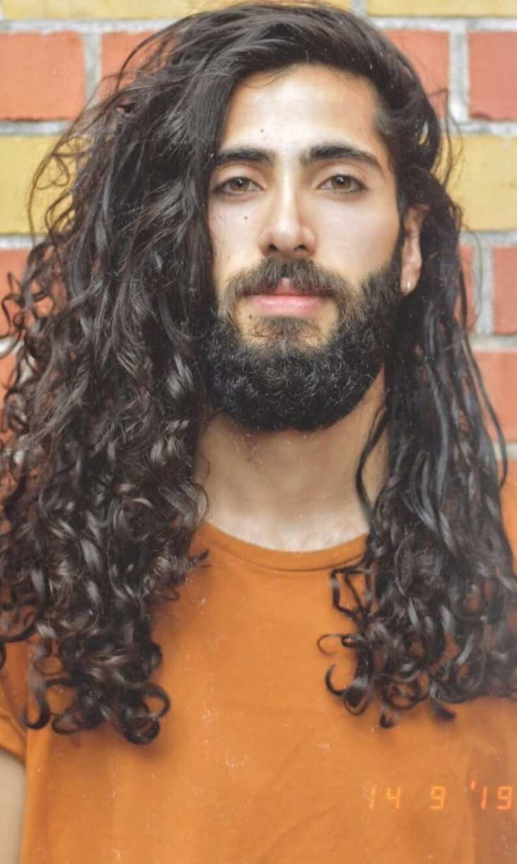 33 Inspirational Long Hairstyles Men Can Try To Make Women ...