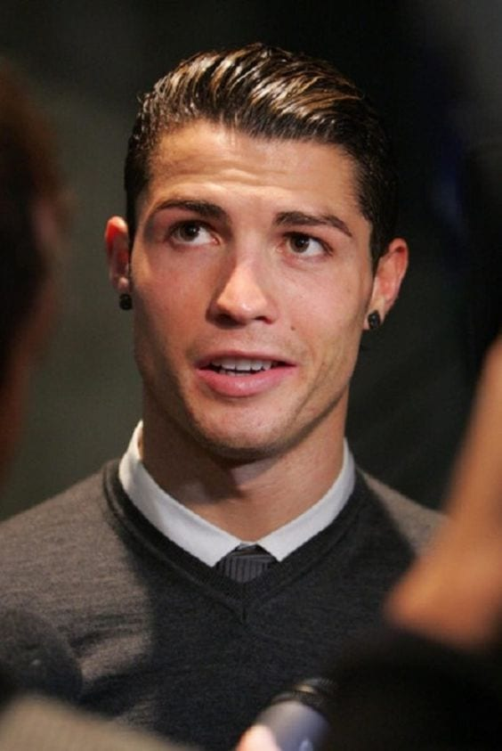 Hairstyles Complimenting Cristiano Ronaldo's Face Structure!