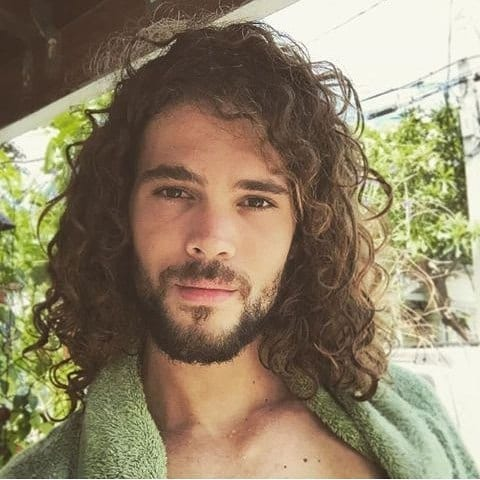 men long curly hair styles is mane hairstyle a versatile style for curly wavy 7179 | curly hair