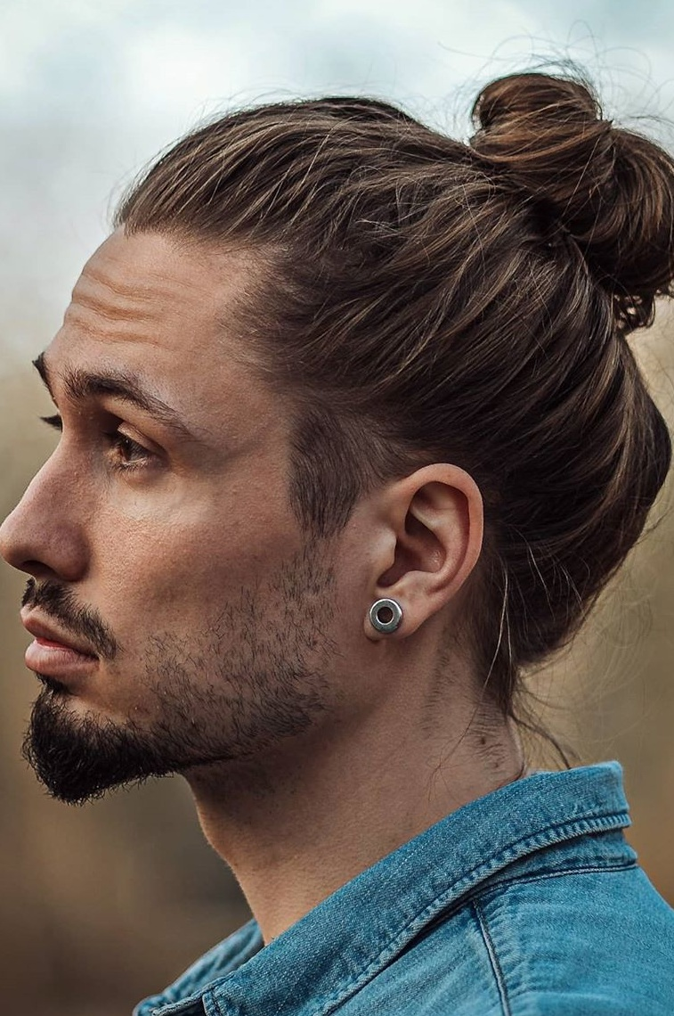 Long Hair Manbun to try this summer