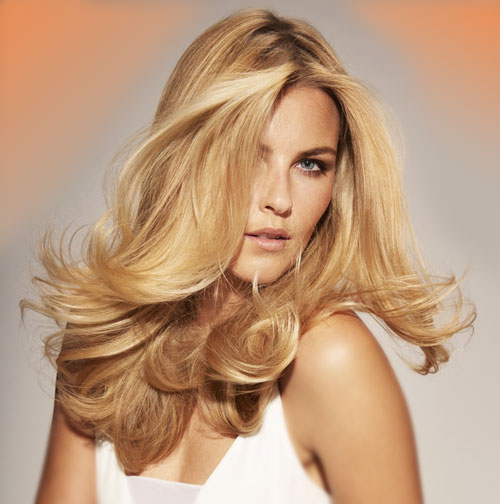 Blonde Hair with Cascading Curls