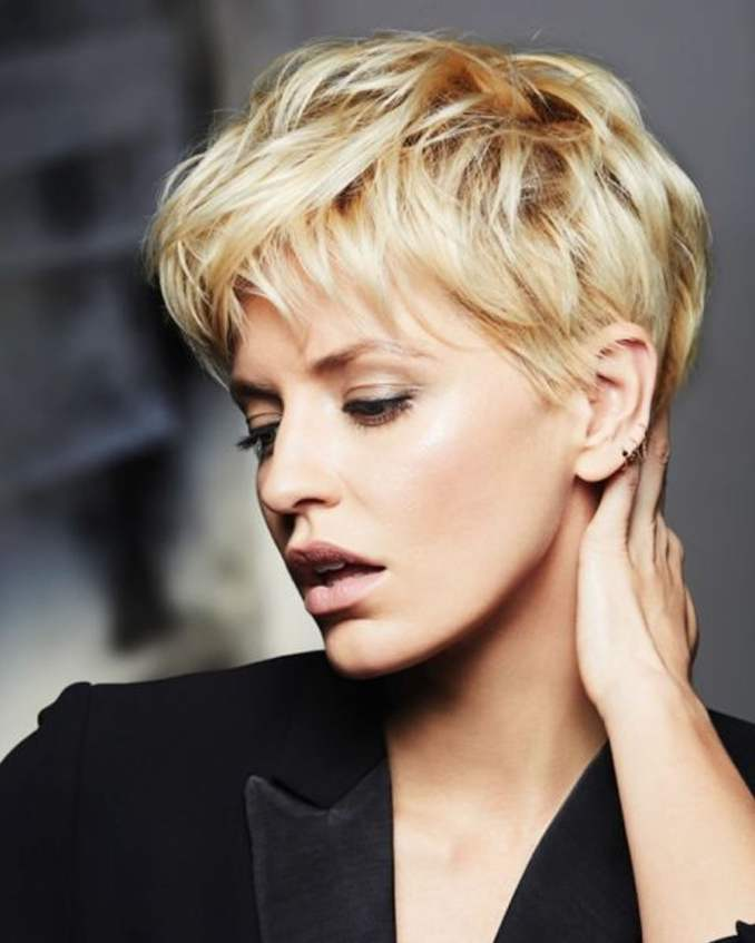 Image Result For Short Hair Hairstyles For Round Faces