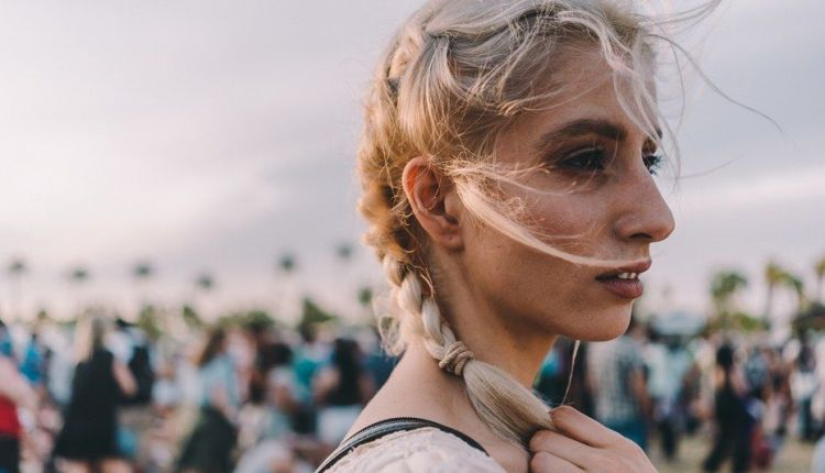 25 Best Coachella Hairstyles, You Can Copy For Daily