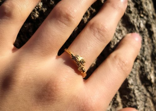 Gold hare ring - handcrafted and recycled 100 year old 22ct gold half sovereign coin