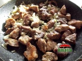 Mancare greceasca din carne de porc 3