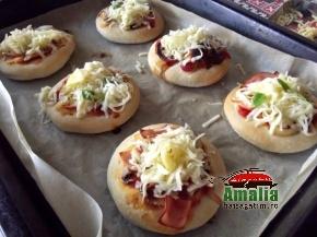 Mini pizza pufoase 4