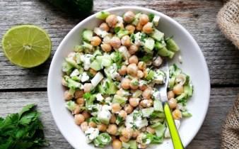 Salata-de-naut-cu-castraveti-si-feta-1