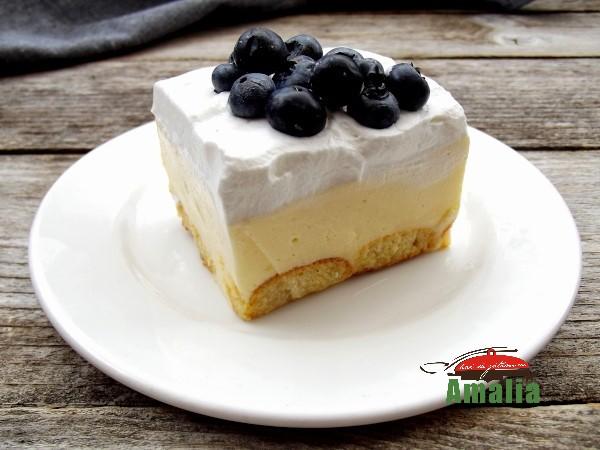 Prajitura-fara-coacere-cu-crema-fina-de-iaurt-2