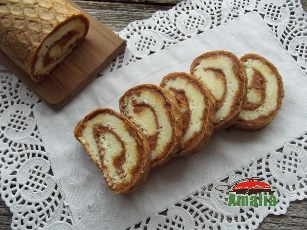 Rulada-cu-caramel-si-cocos-amalia-2