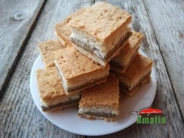 Prajitura-frageda-cu-nuca-si branza-amalia-15