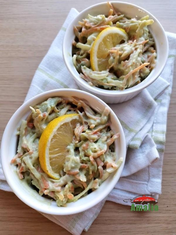 salata-cu-mouse-de-avocado-amalia-1