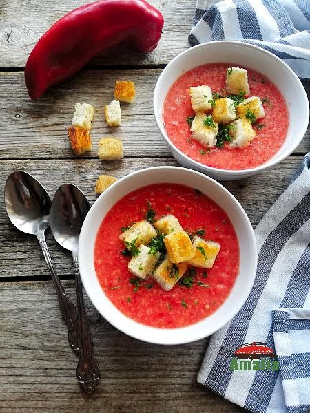Gazpacho - supă rece de roșii