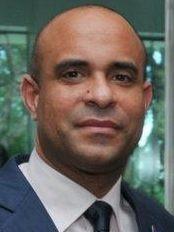 Haïti - Politique : Laurent Lamothe, reçoit le Corps diplomatique en sa résidence