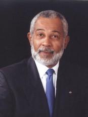 Haïti - Littérature : Daniel Supplice rend hommage à Lyonel Trouillot