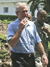 Haïti - Reconstruction : Bush vient voir comment ça va en Haïti