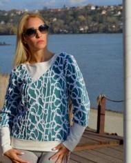 Hajdučica Clothing – Online Store-Footloose duks od zanimljive šarene trikotaže i pamuka