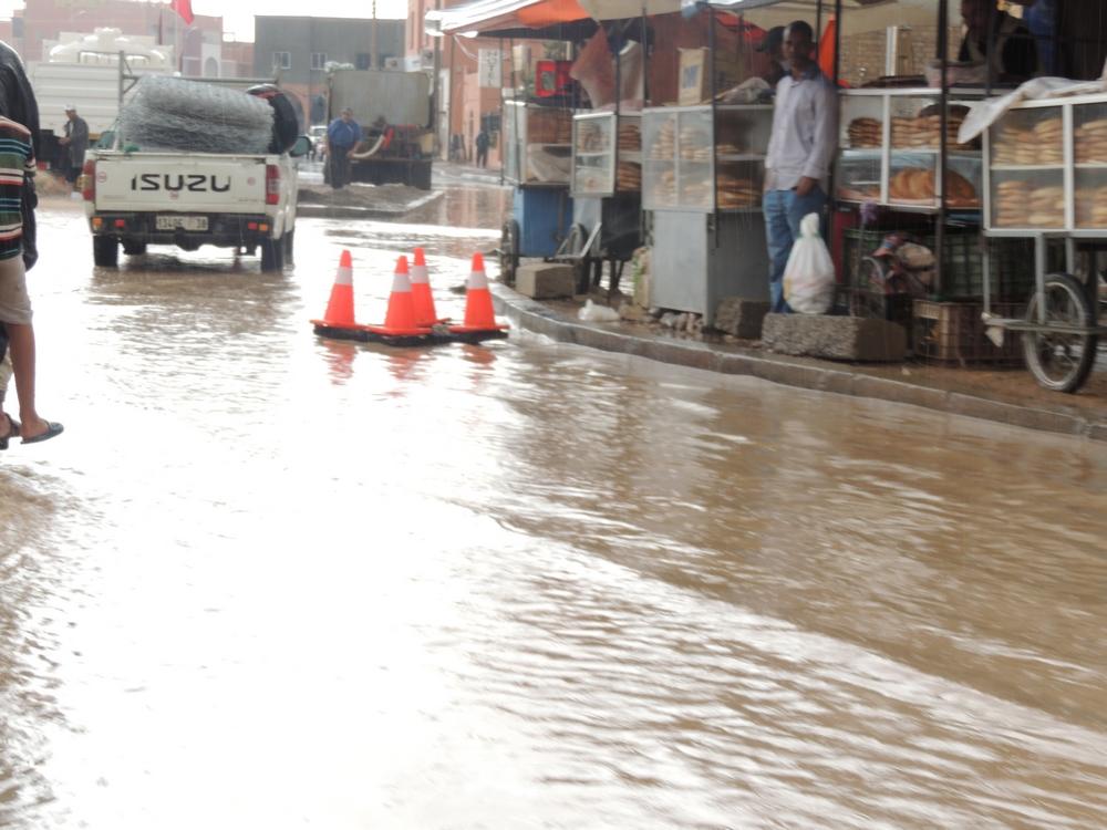 ساعة من الأمطار تغرق منطقة تازناخت و تفضح هشاشة البنيات التحتية