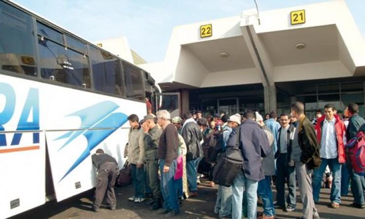 تسابق 3 حافلات بالمحطة الطرقية أولاد الزيان يودي بحياة امرأة