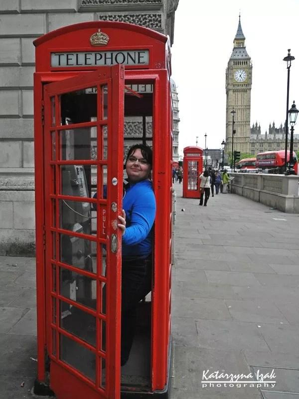 Czerwona budka telefoniczna