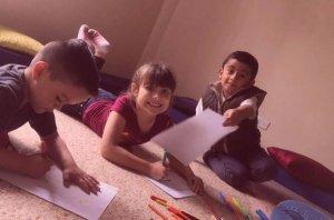 La terapia grupal para niños, potencia sus habilidades