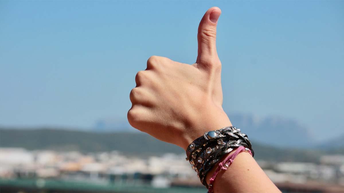 En este momento estás viendo Actitud positiva en las personas, consejos y beneficios