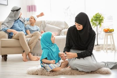 kids listen to muslim parents
