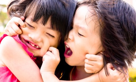 7 Things That Make Sibling Rivalry Worse