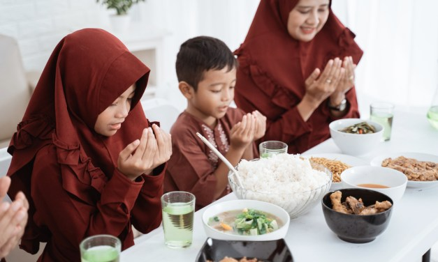 Help Your Kids Make This COVID Ramadan The Most Memorable Yet