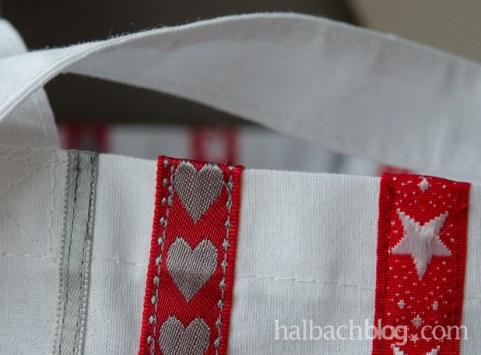 DIY-Idee halbachblog: Stofftasche mit aufgenähten Bandstreifen
