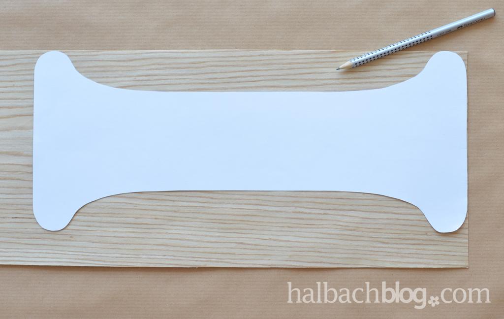 DIY-Tutorial halbachblog: Blumenampel aus Holzfurnier-Stoff nähen - Schablone aufzeichnen